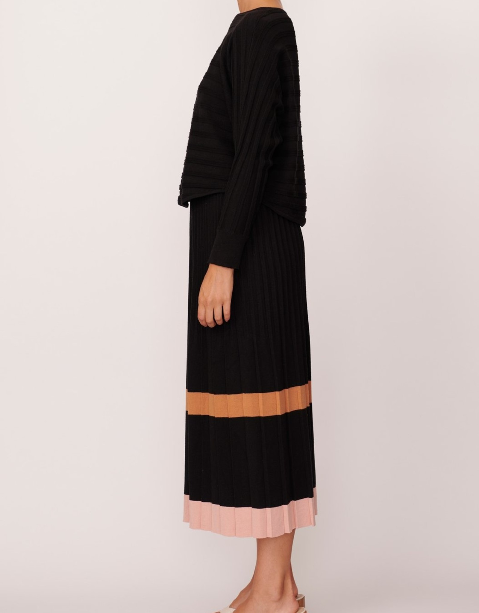 SALE - POL MAPLE PLEATED KNIT SKIRT BLACK MULTI