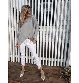 THE KNIT STUDIO BOXY CROP PALE GREY