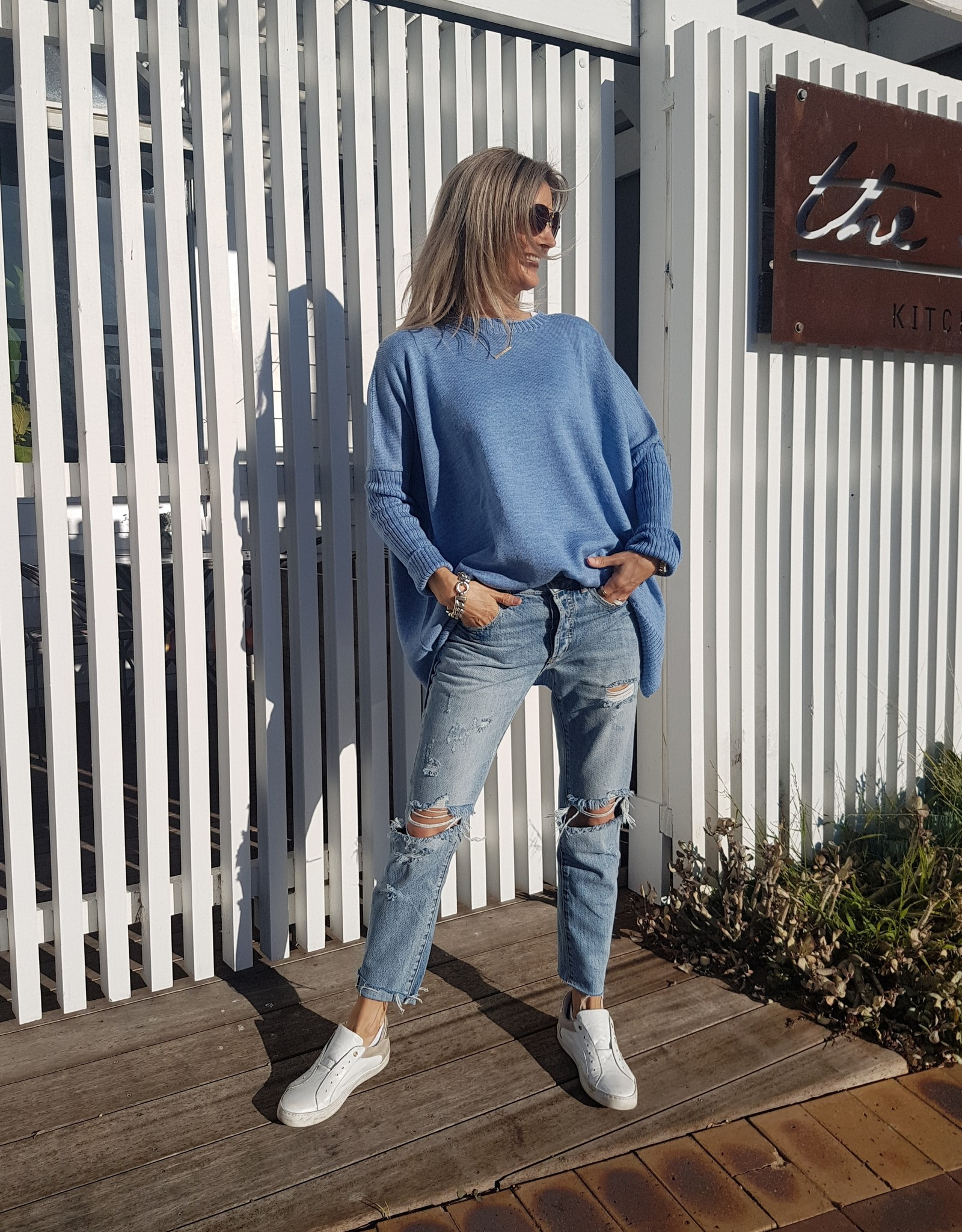 THE KNIT STUDIO MERINO SPLIT CREW NECK BLUE