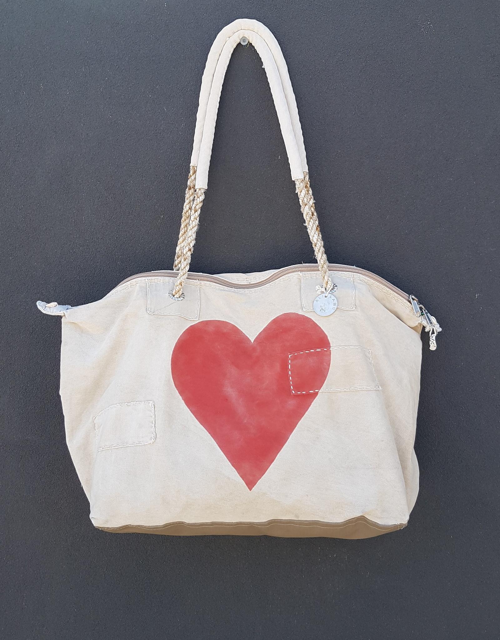 ALI LAMU LARGE WEEKEND BAG CREAM RED HEART