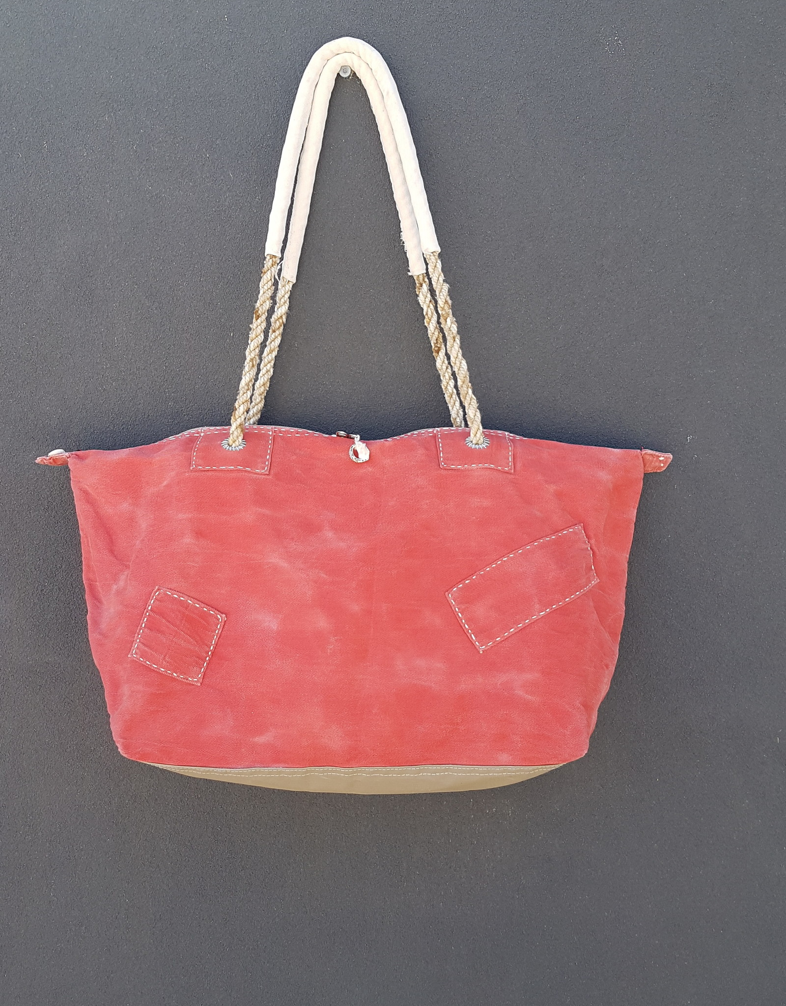 ALI LAMU LARGE WEEKEND BAG RED CREAM LOVE