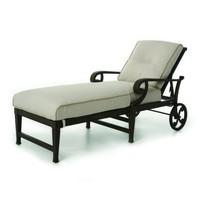 Lucerne Chaise