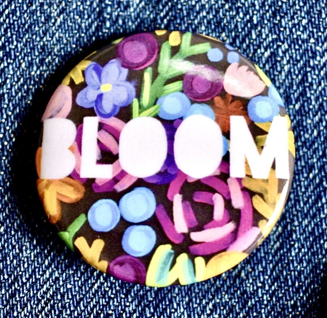 Fiber and Gloss Bloom Floral Button