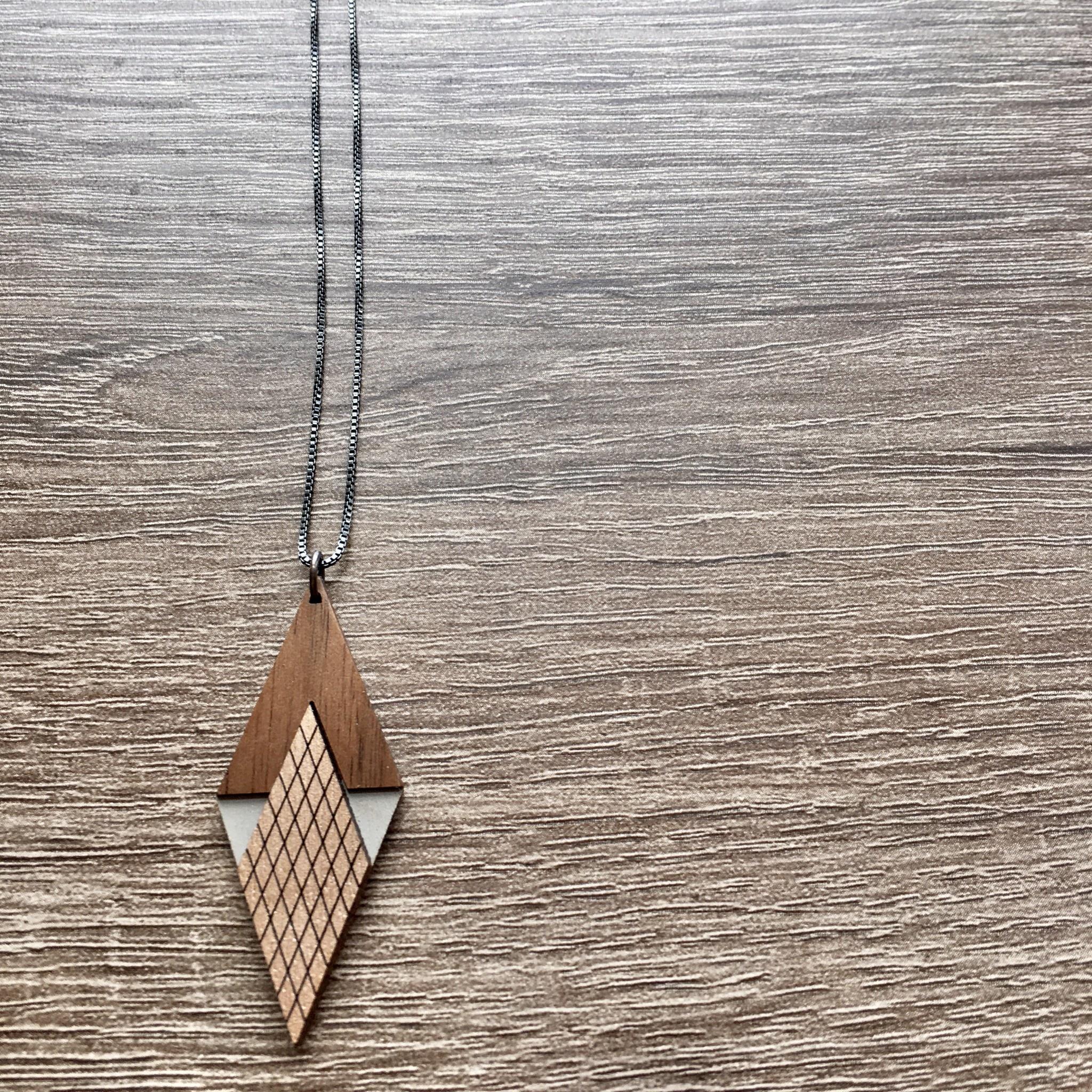 Bird of Virtue Art Deco Diamond Walnut Silver Necklace (Warm Gray-Rose Gold)