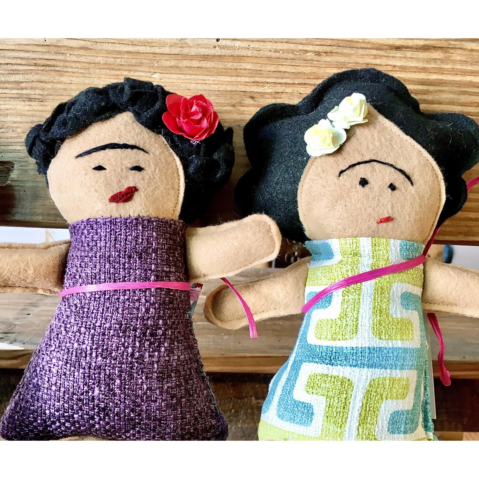 La Tiendita (LO) Frida Kahlo Dolls