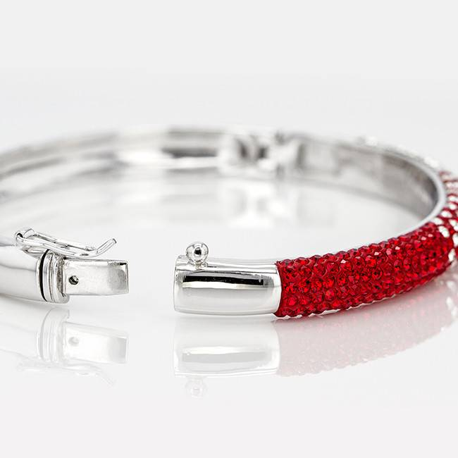 Chelsea Taylor RED AND WHITE CRYSTAL BANGLE BRACELET