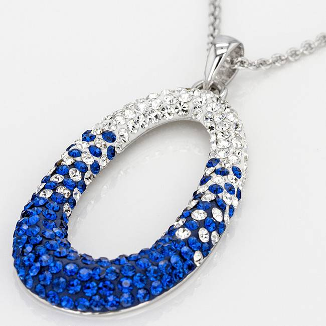 Chelsea Taylor BLUE AND WHITE CRYSTAL OVAL PENDANT WITH CHAIN