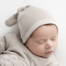 L'oved Baby L'oved Baby | Velveteen Top Knot Hat