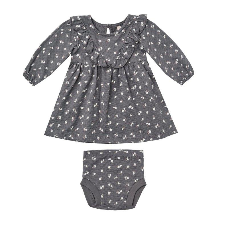 Quincy Mae Quincy Mae | Longsleeve Ruffle V  Baby Dress Dark Floral