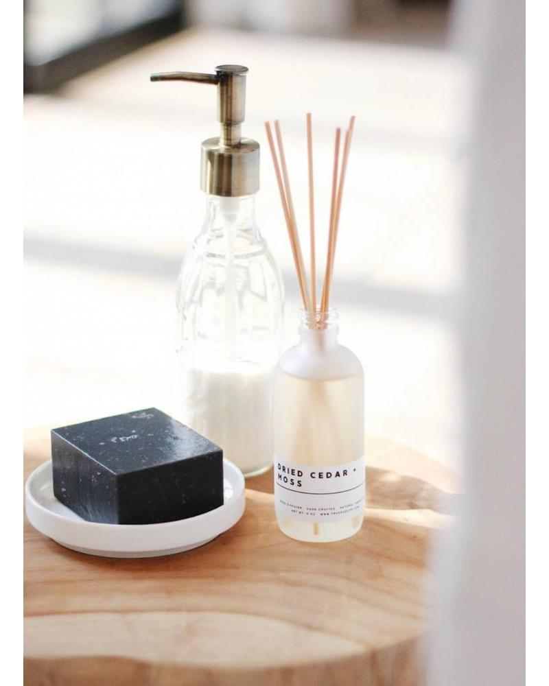 True Hue True Hue Signature Diffuser Collection