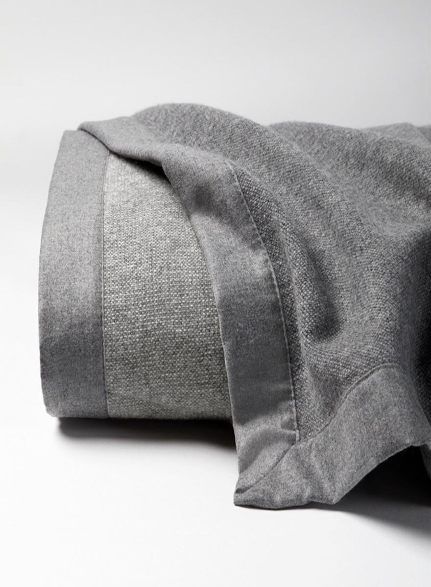 Sferra Nerino Blanket-1