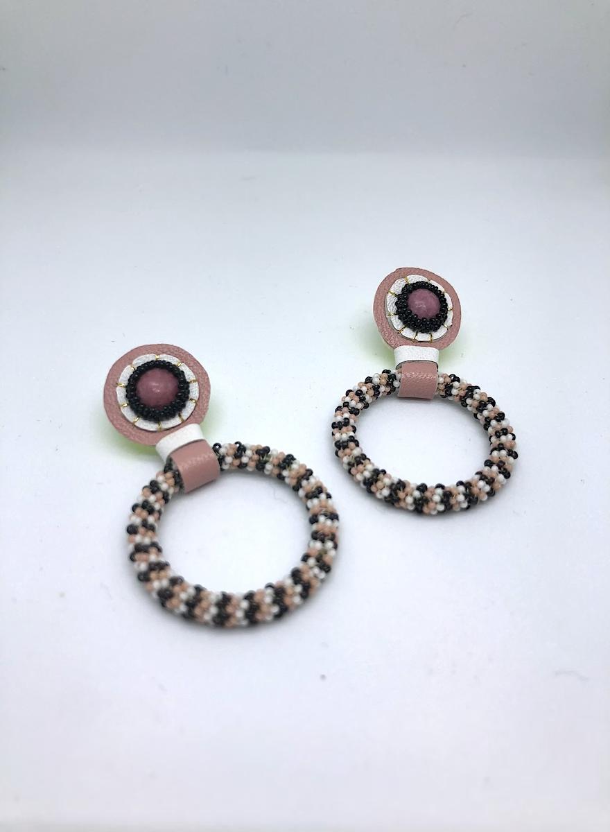 Beaded Hoop Earrings (Black/Pink)-1