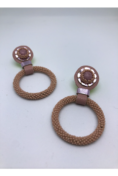 Beaded Hoop Earrings (Pink Monocrhome)