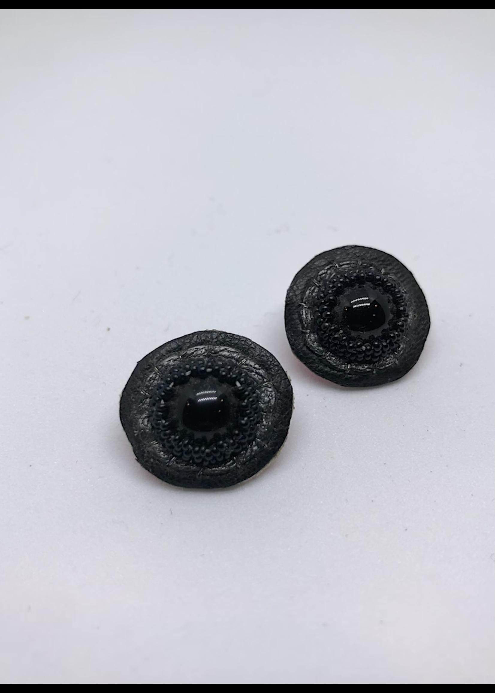 Robin Mollicone Small Stud Earrings (Black)
