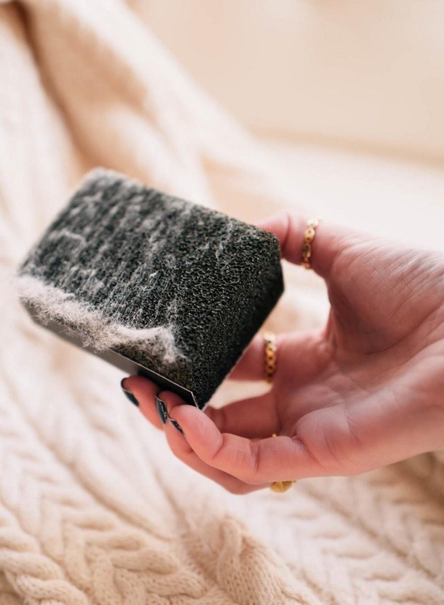 Sweater Stone-1