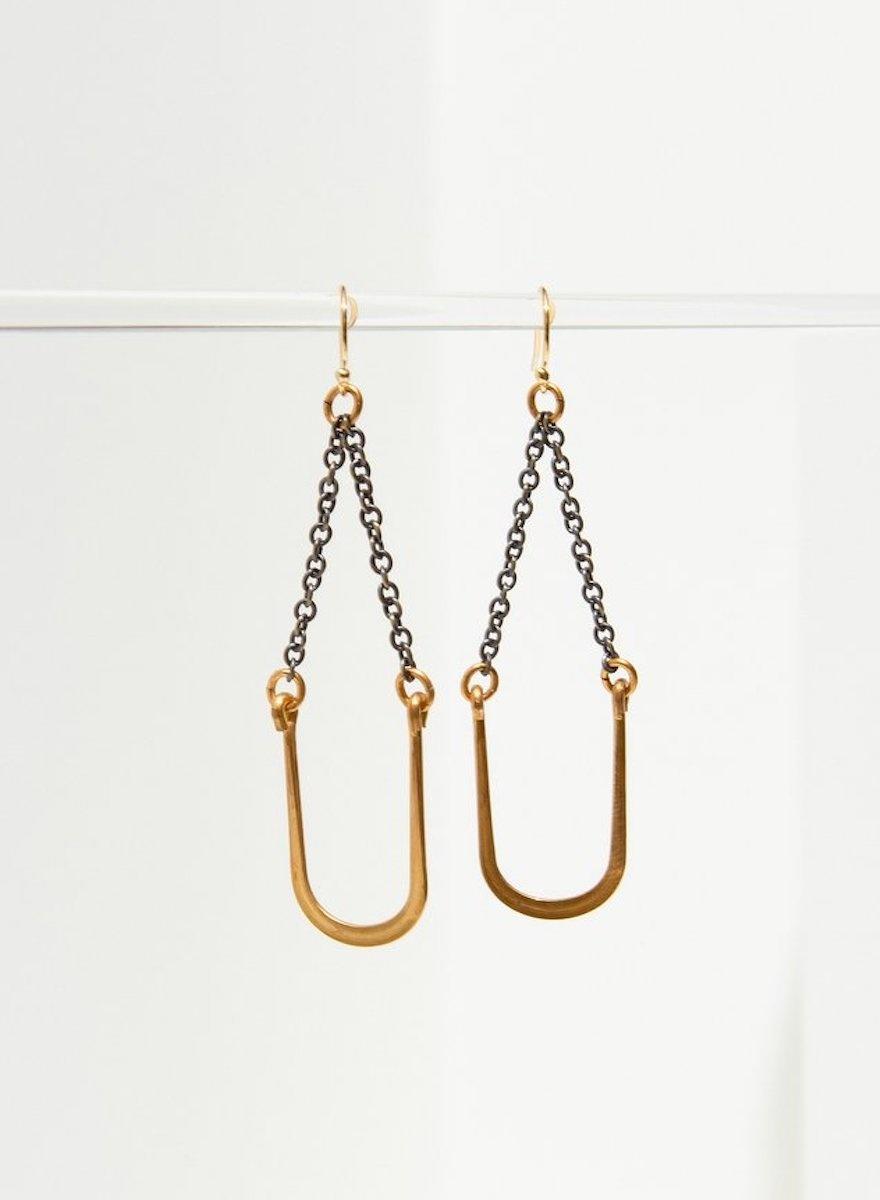 Vintage U Swing Earrings-1