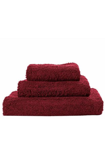 Super Pile Rubis Towels