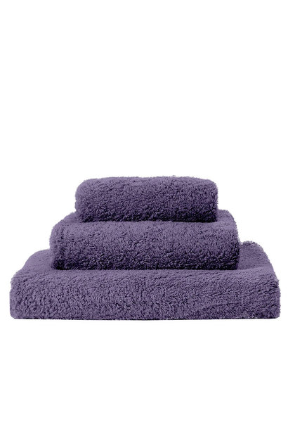 Super Pile Lilas Towels