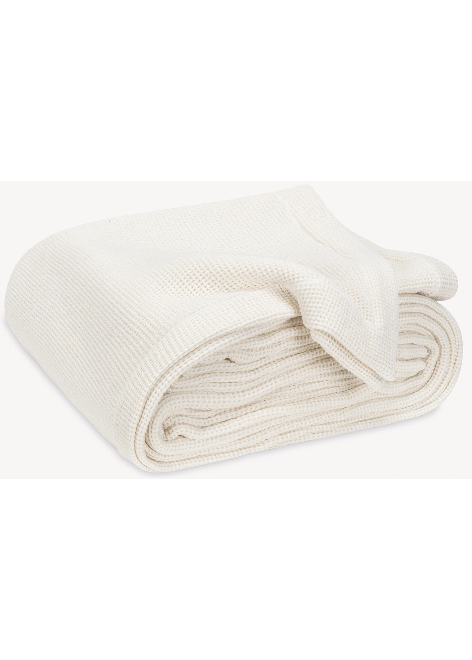 Matouk Ando Blankets