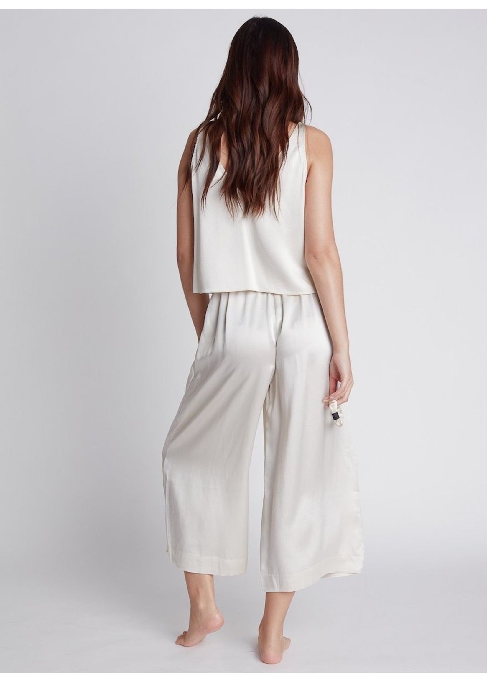 Nileta Silk Cropped Camis