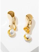 Larissa Loden Tabitha Pearl Earrings