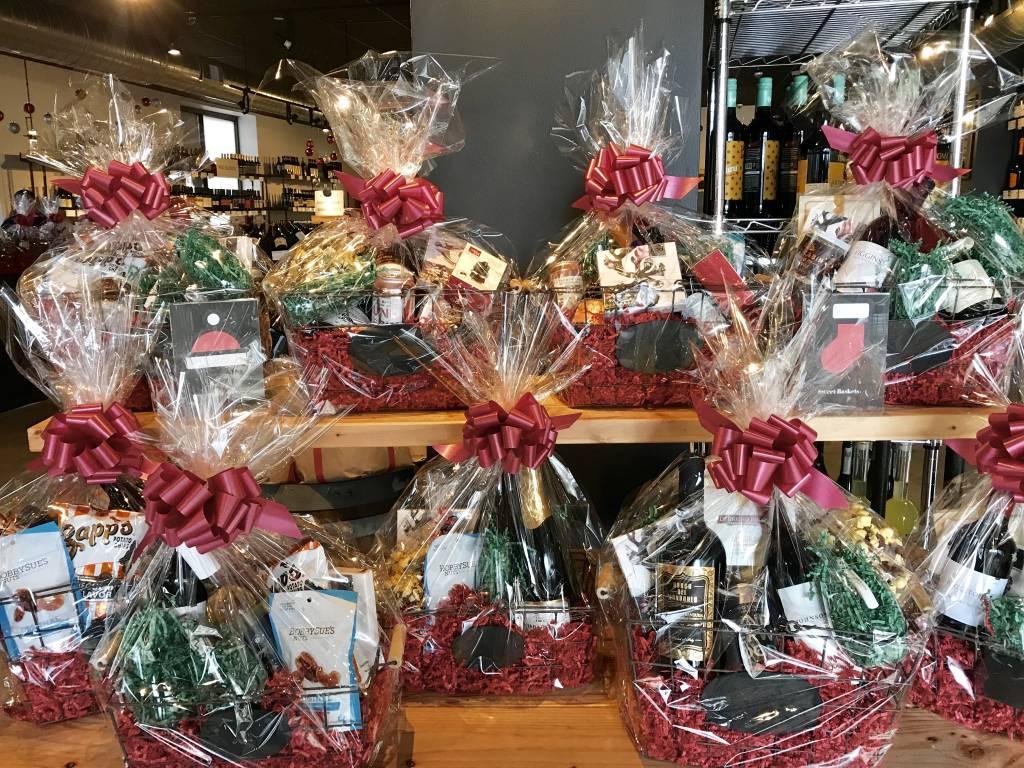 Holiday Basket - Sweet