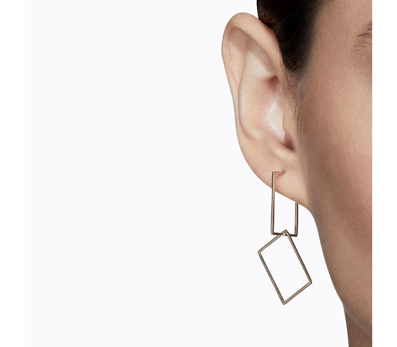 Shihara Rectangle Form Earring 02 20mm