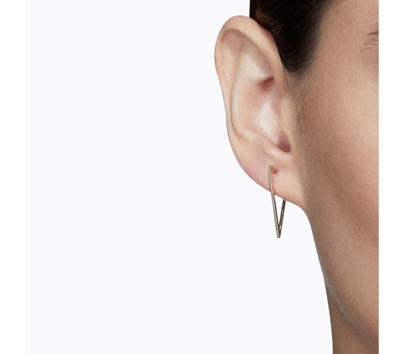 Shihara Triangle Form Earring 03 20mm