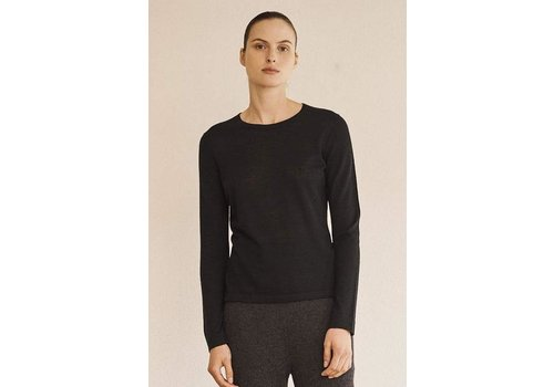 Le Kasha Paraty Basic Sweater