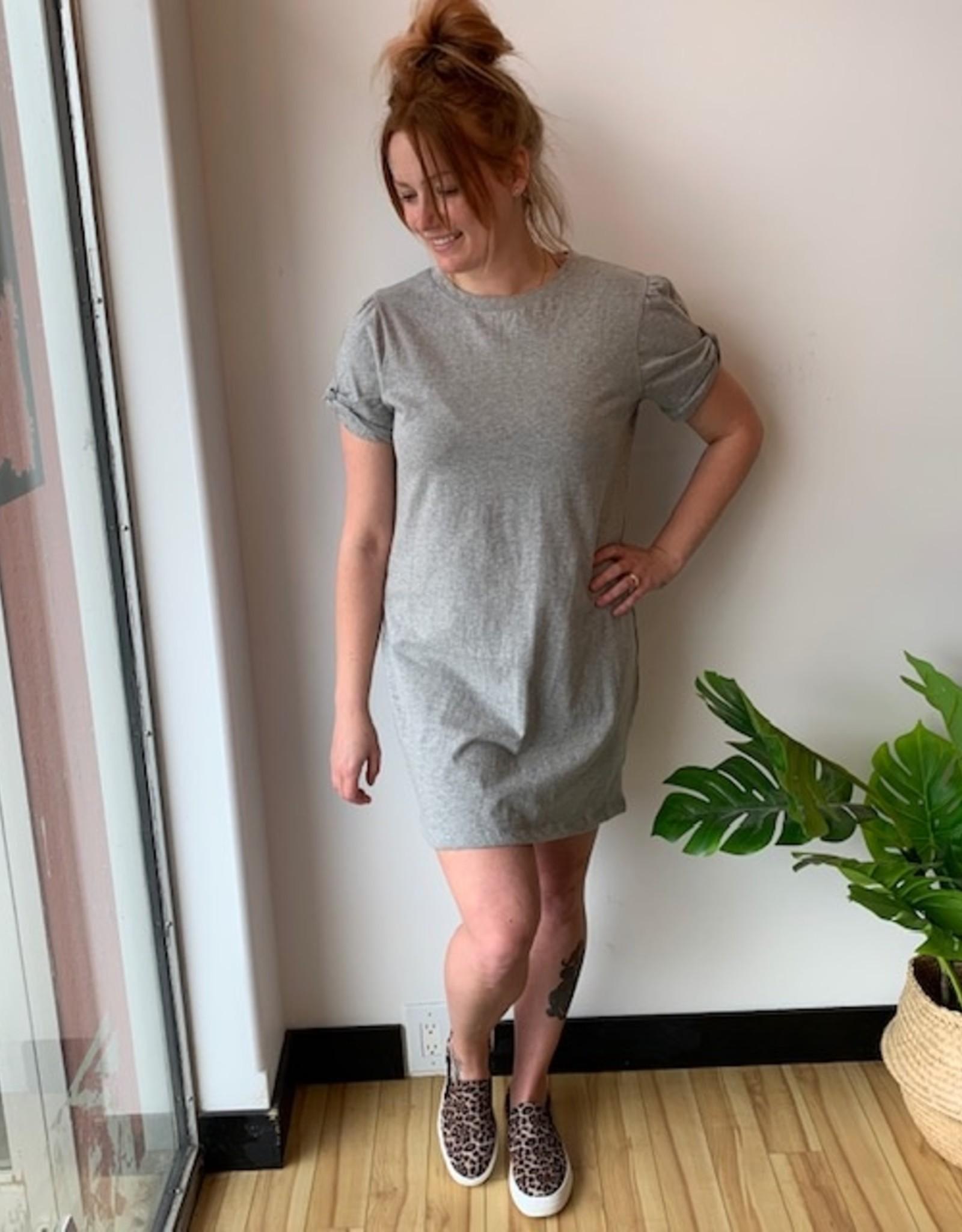 RD International Cap Twist Sleeve Dress