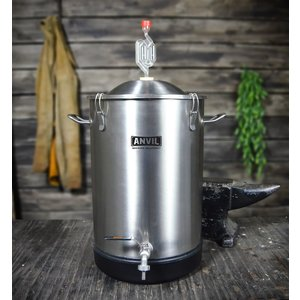 Beer and Wine Anvil Stainless Steel Bucket Fermentor - 7.5 gallon