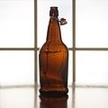 Beer and Wine Amber Flip Top 1 L Bottles - 12/case