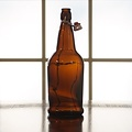 EZ-Cap Amber Swing Top 1 L Bottles - 12/case