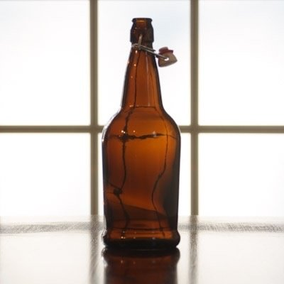Beer and Wine Amber Flip Top 1 L Bottles - 12/case