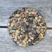 Home and Garden Earthtone River Pebbles - 28 oz
