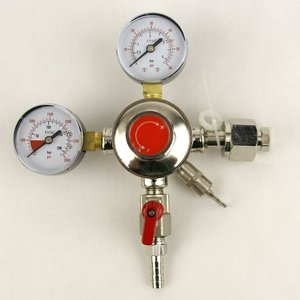 Brewmaster Dual Gauge CO2 Regulator- One 5/16 inch barbed Shutoff
