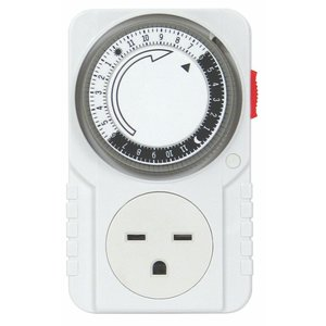 Titan Controls Titan Apollo 10- 240 Volt 24 Hour Timer