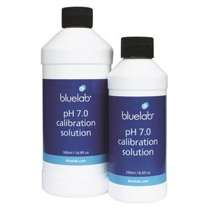 Indoor Gardening Bluelab pH 7.0 Calibration Solution - 500ml