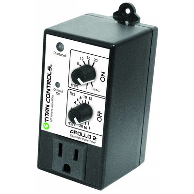 Environmental Controls Titan Apollo 2- Cycle Timer with Photocell