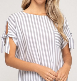 Tied Short Sleeve Top With Pockets