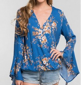 Lovestitch Hi-Lo Bell Sleeve Serplice