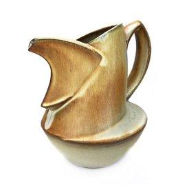Olivia Tani Pouring Pot
