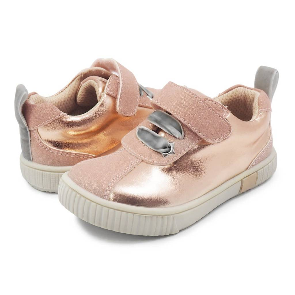 Livie and Luca Spin Sneaker