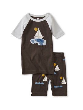 Tea Collection Sailing Graphic Shortie Pajamas