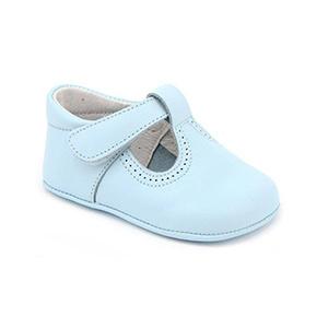 Patucos T-Strap Leather Shoe