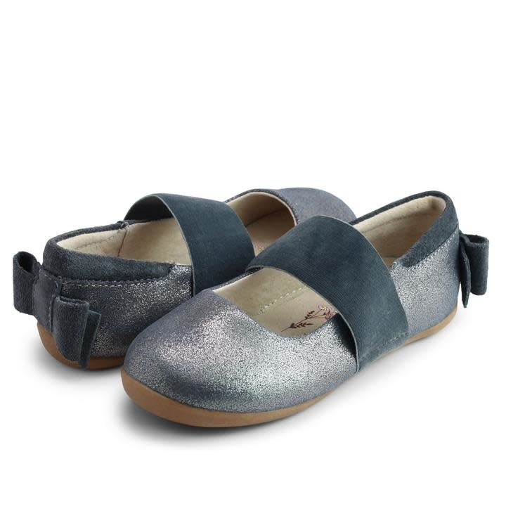 Livie and Luca Fall 2021 Pewter Aria