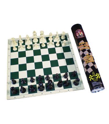 Jeu d'échecs dans un tube