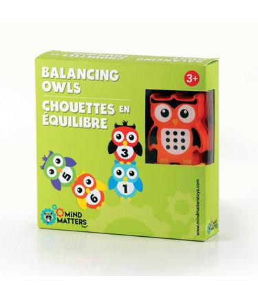 Chouettes en équilibre