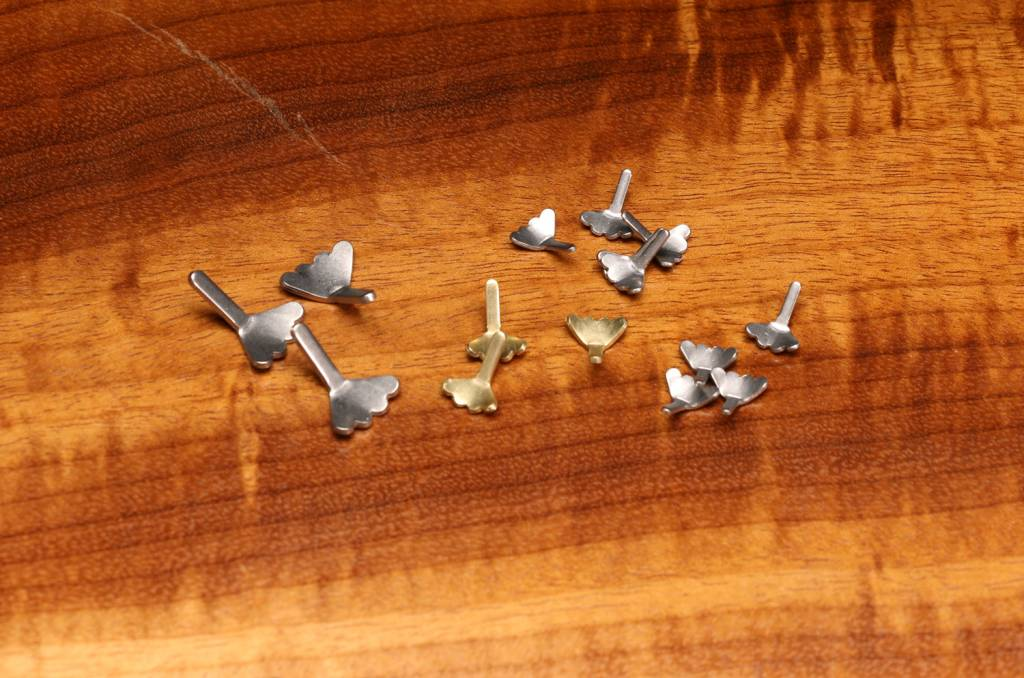 Hareline Dubbin Fish Skull Flymen's Cray Tails,