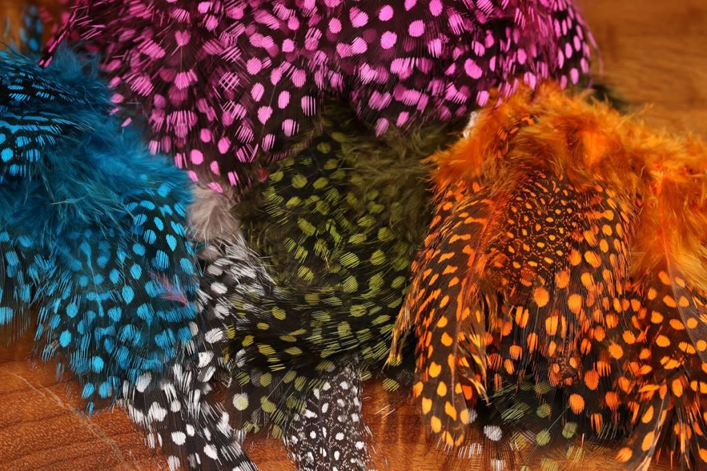 Hareline Dubbin UV2 Large Eyed Guinea,